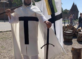 akcja-flaga-2019-ccig-karolina-swiatek-kielce-1